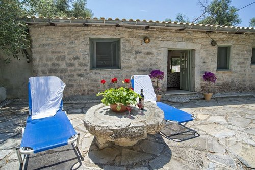 Detached house for Sale -  Paxos Logos
